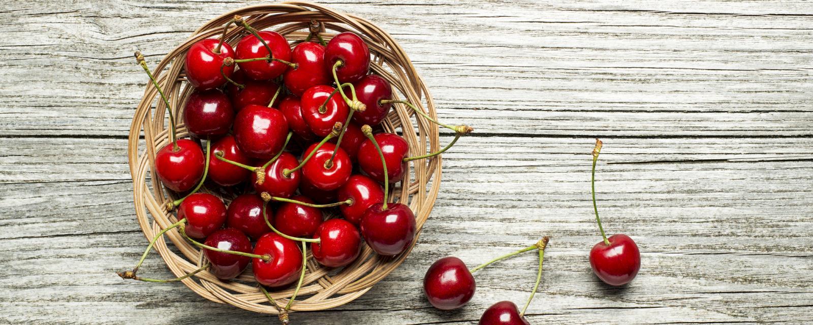 Health Benefits of Tart Cherry Juice - MercyOne Iowa Heart Vein Center